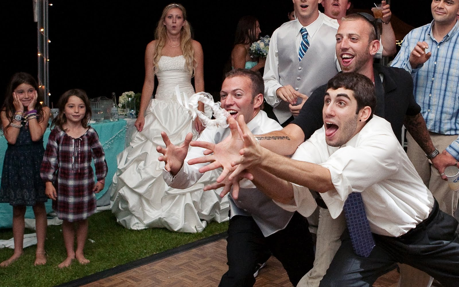 Tossing The Garter At Your Wedding Should Be A Fun Moment For Everyone Here Is List Of Popular Songs To Play During Toss Get Guest In