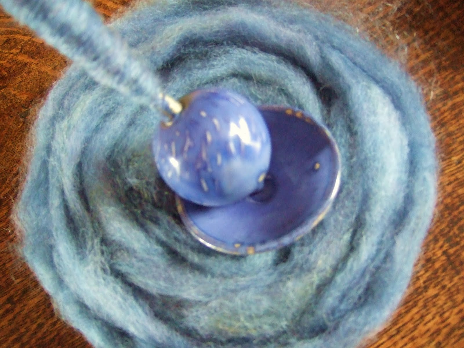 KnitCave - Ramblings of an Obsessive: Spinning Madness