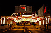 CIRCUS CIRCUS LAS VEGAS. Circus Circus Las Vegas is a hotel and 126,000 sq . (circuscircus outside )