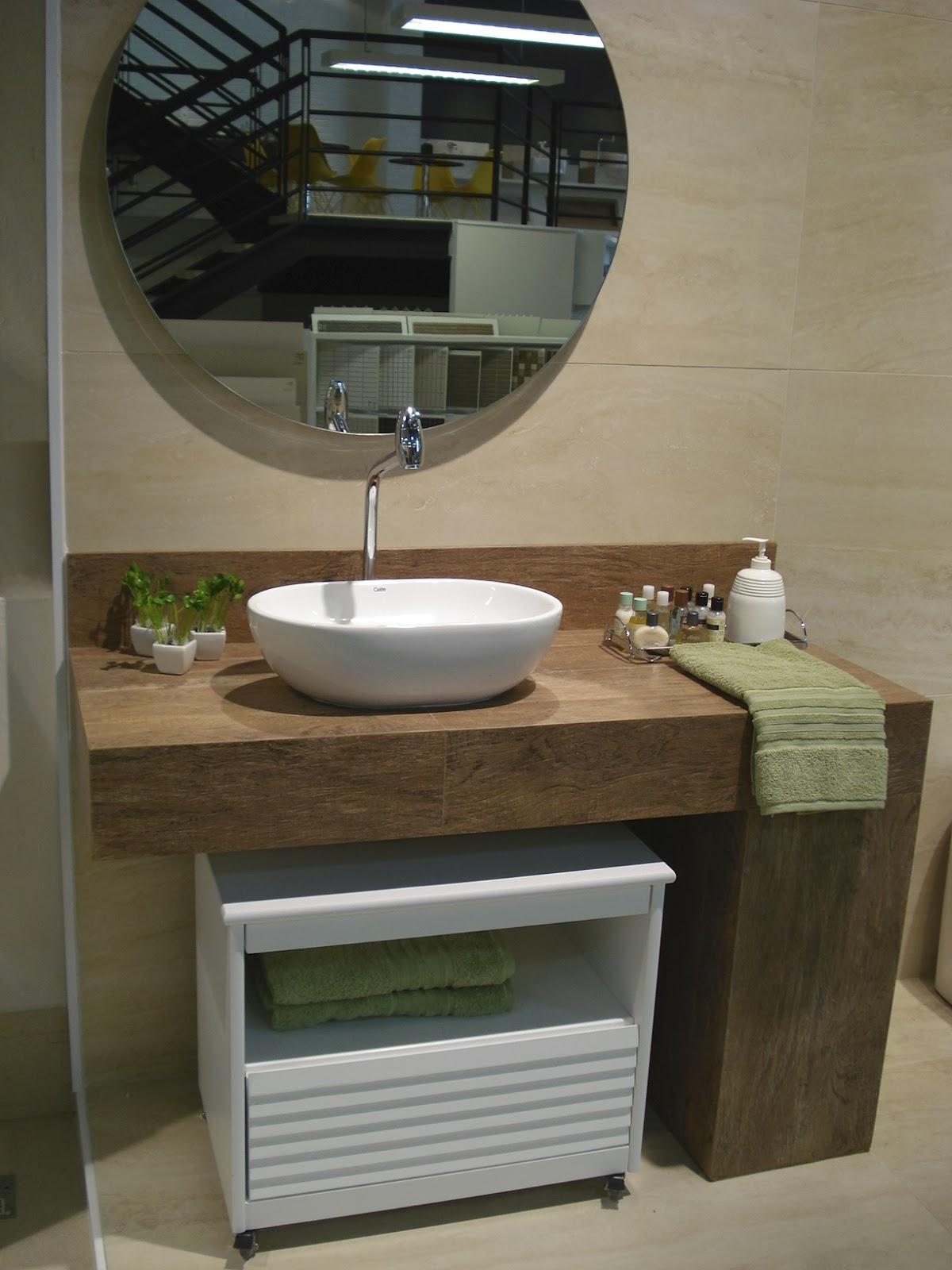 Modelo 3 Bancada e rodamão de porcelanato amadeirado. #5E4C34 1200x1600 Banheiro Com Porcelanato De Madeira
