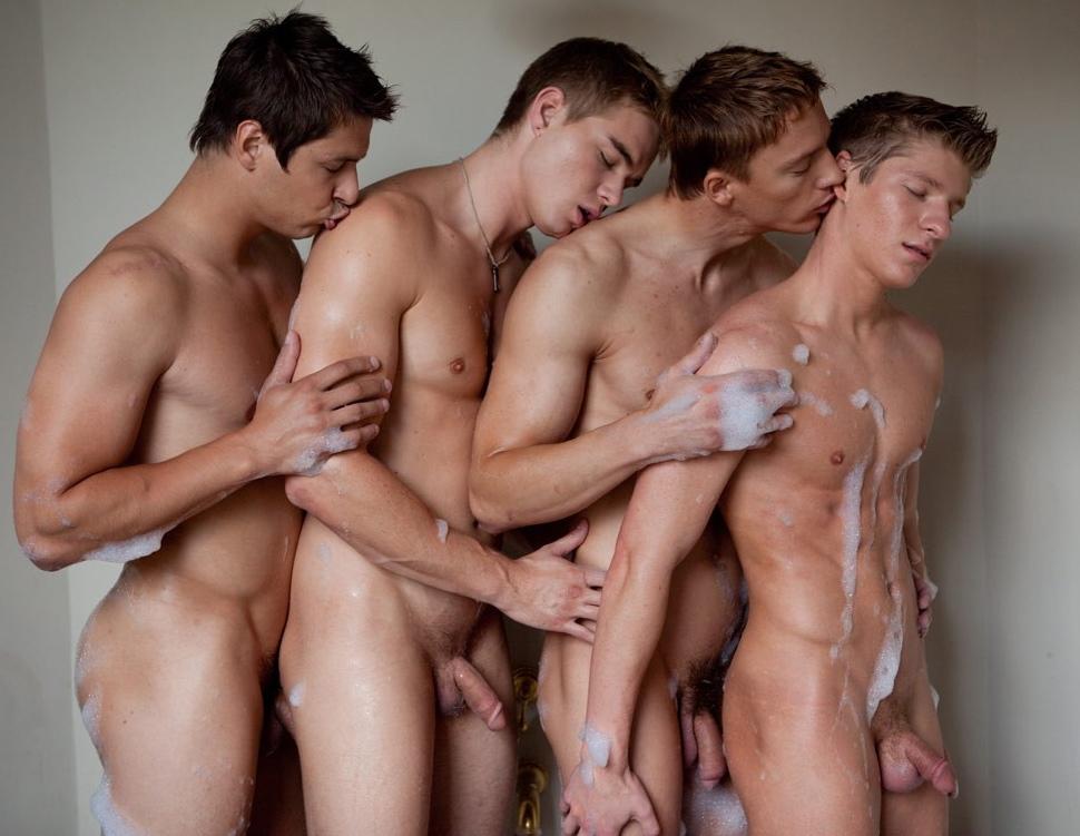 Горячие сайты для голых парней
