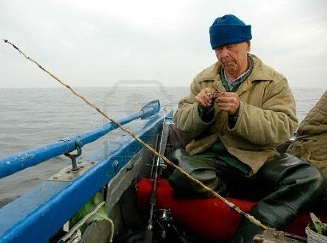 на старой лодочке рыбацкой