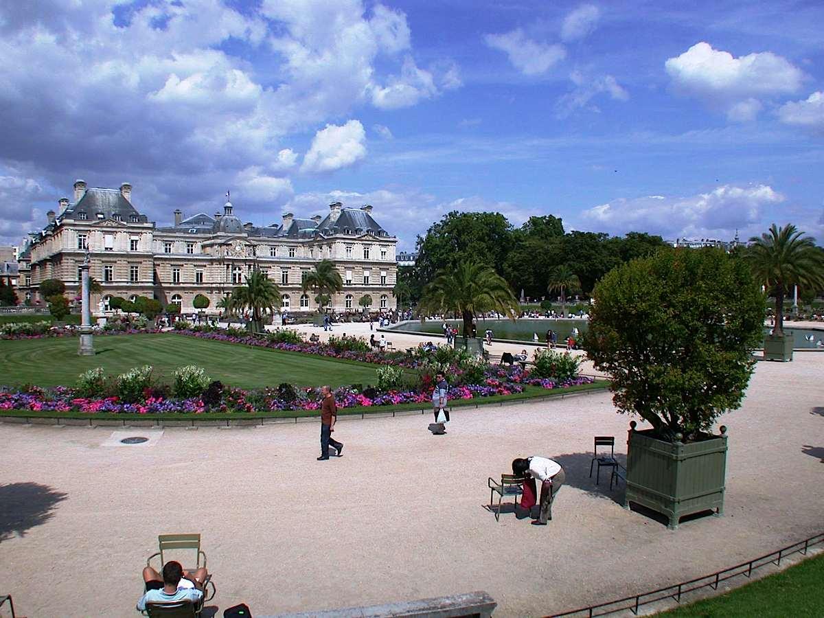 Petite paris montparnasse maison new paris apartment - Petit jardin restaurant luxembourg le mans ...