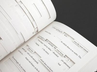Cartea cu găuri