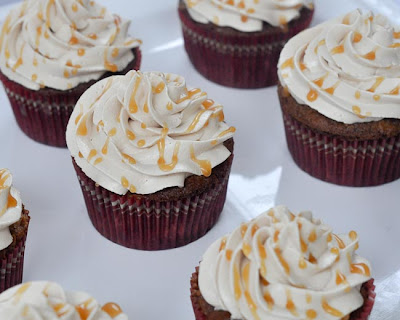 caramel apple cupcakes, perfect for fall. I absolutely love this cake ...