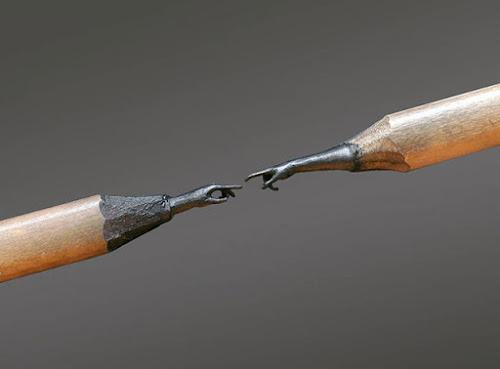 Esculturas feitas nas pontas dos lápis