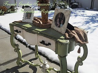 MIMI'S TREASURE BUFFET TABLE