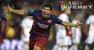 "Liputan Bola - Luis Suarez menjadi pahlawan Barcelona dalam laga lawan Bayern Leverkusen, Selasa (29/9/2015) di matchday kedua Liga Champions. Gol Luis Suarez di babak kedua membuat ""Blaugrana"" unggul tipis 2-1 atas tamunya."