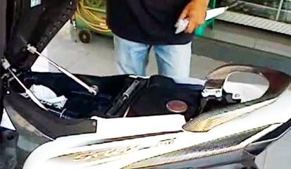 Tips dan Cara Mudah Pasang Sendiri Hidrolik Jok Pada Sepeda Motor Kesayangan