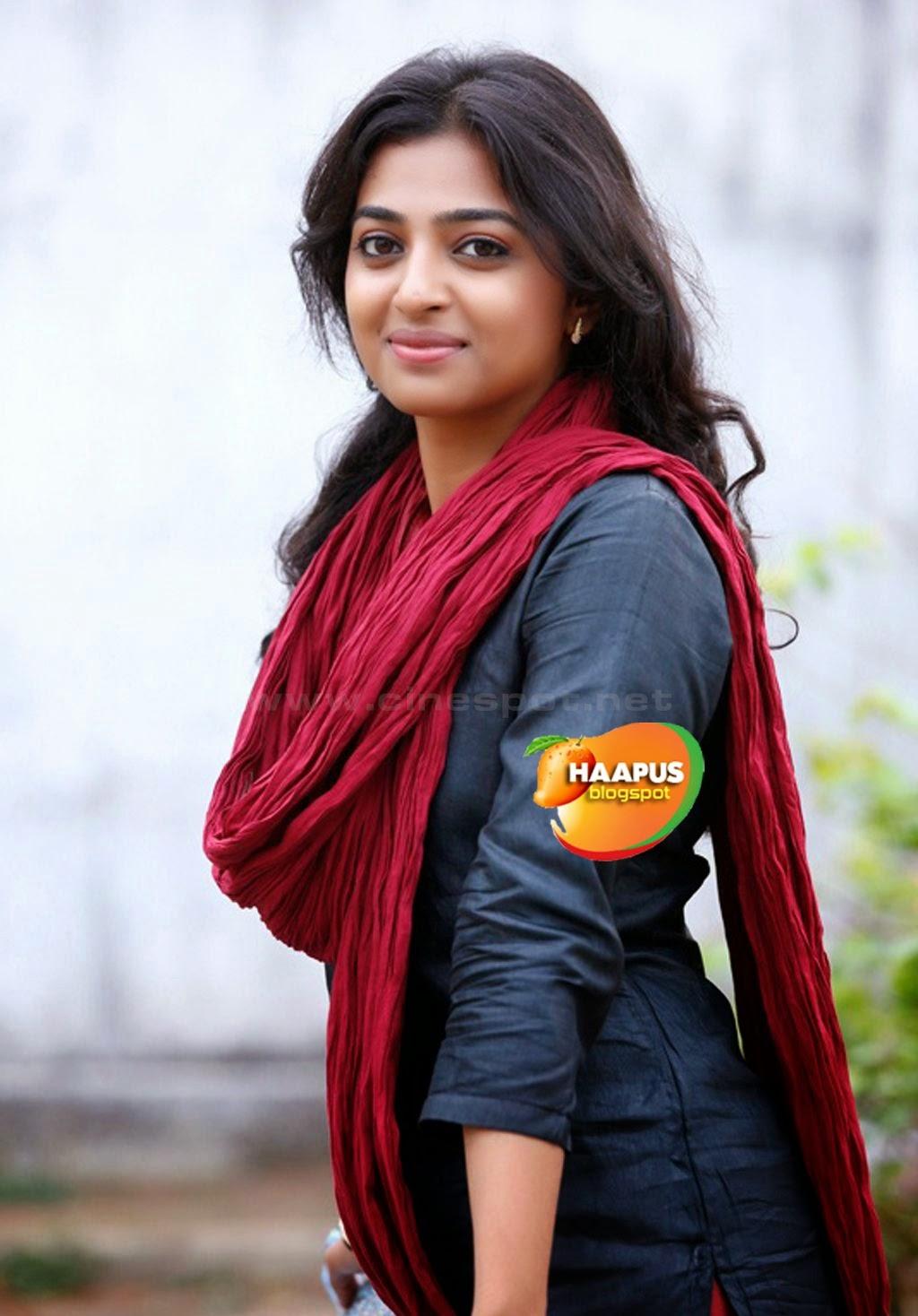 Cute radhika apte in salwar kameez cute marathi actresses prevnext thecheapjerseys Choice Image