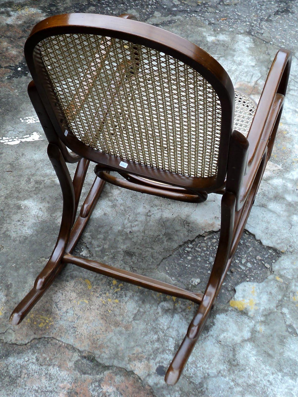 antiqualha: Cadeira de Balanço Gerdau #5E4C3B 1204x1600