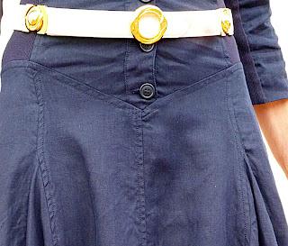 foto detalle forma de la cintura vestido Isabel de Pedro