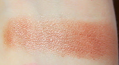 L'Oreal Infallible 24 Hr Eye Shadow in Amber Rush Swatch