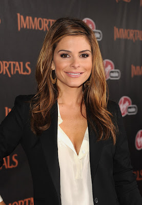 Maria Menounos Long Wavy Cut Hairstyle Lookbook