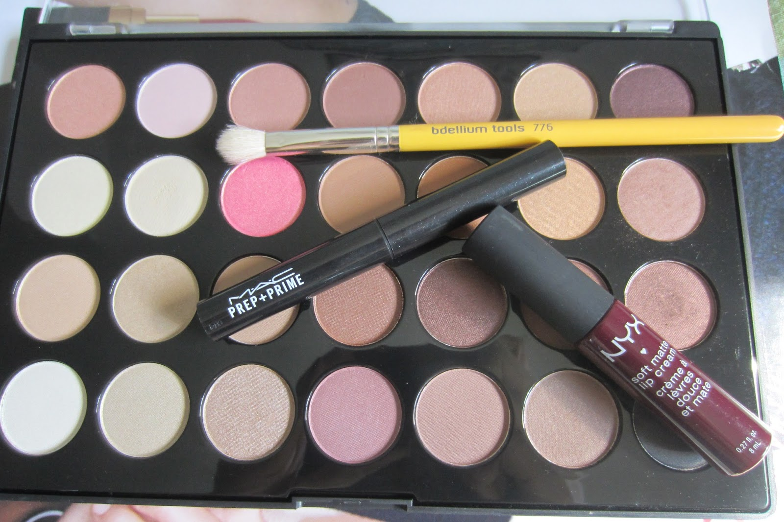 BH cosmetics 28 neutral palette bdellium 776 brush mac prep + prime lip nyx soft matte lip cream copenhagen