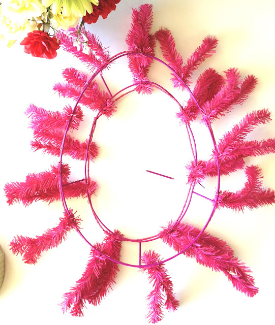 How To Make A Deco Mesh Easter Egg Wreath
