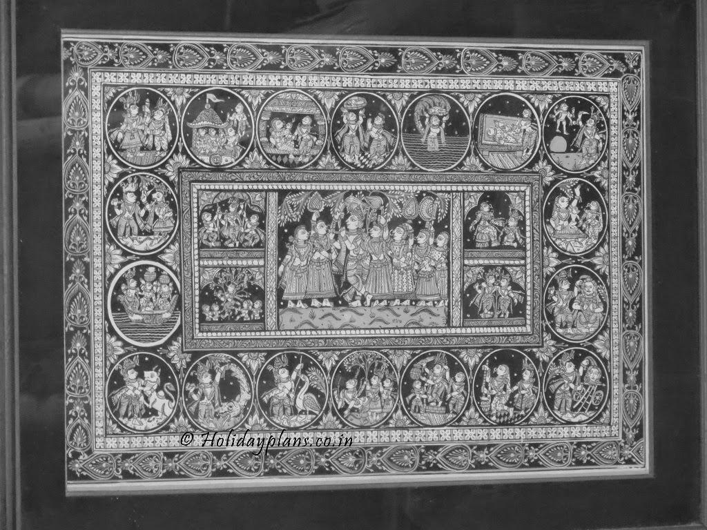 Paintings at Raghurajpu