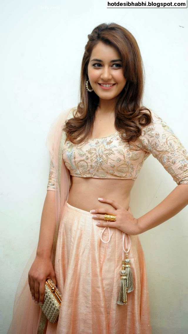 Rashi Khanna Latest Hot Pics