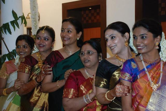 Dhanush Family Photos With Kids Actor Dhanush Family P...