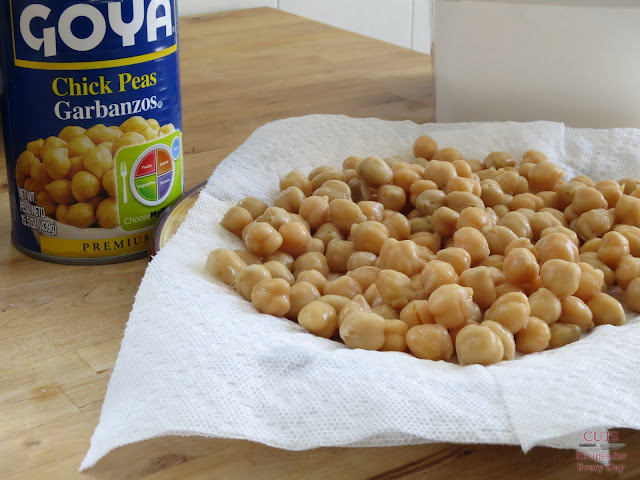 Draining chickpeas