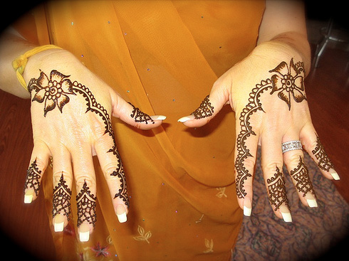 Mehndi Designs For Hands : Simple Arabic Mehndi Designs For Hands