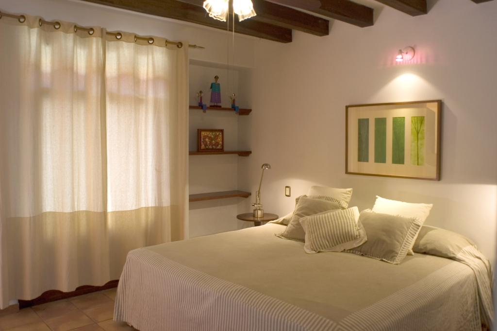 Muebles y decoraci n de interiores iluminaci n y l mparas para los dormitorios - Luz para dormitorio ...