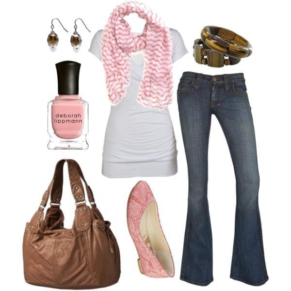 Like a normal day ◐ Steven.  Look+jean+azul+remera+blanca+chatas+rosadas+cartera+tostada