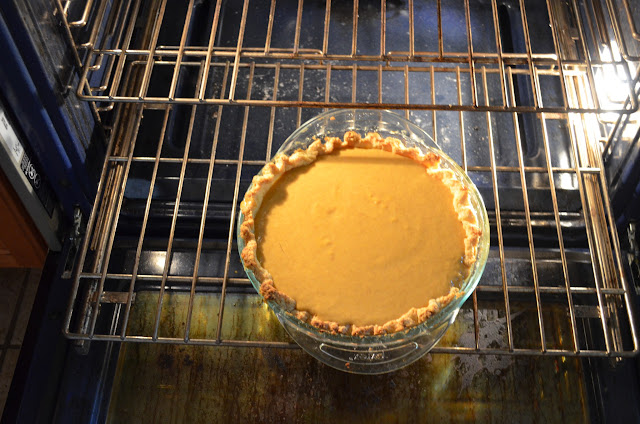 Skinny-Pumpkin-Pie-Recipe-Bake.jpg