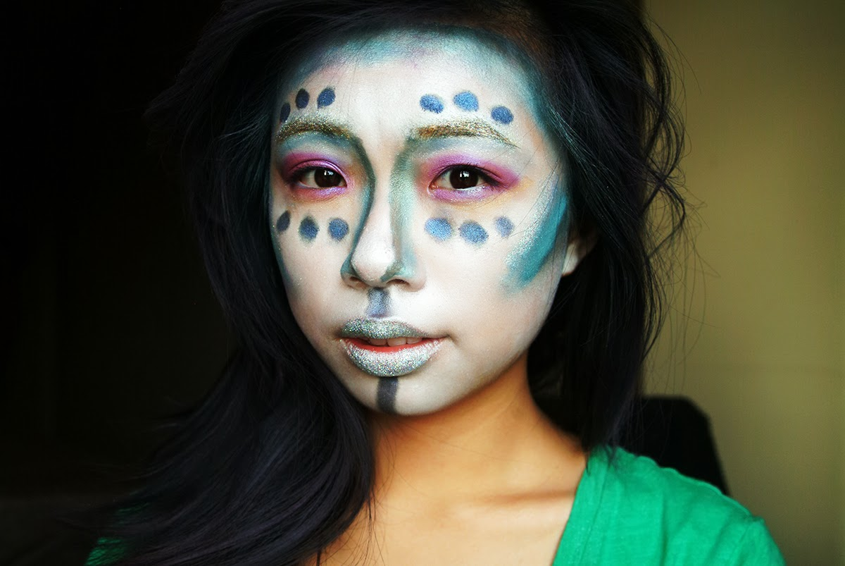 fun size beauty: HALLOWEEN: Glam Alien Makeup  FASHION - Cool Halloween Face Makeup