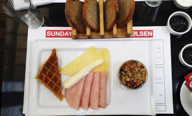 tostadas jamon y queso waffle