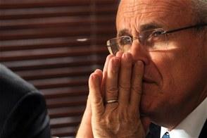 Giuliani dice para la seguridad ciudadana lo más importante no es el número de agentes, sino en qué se utilizan