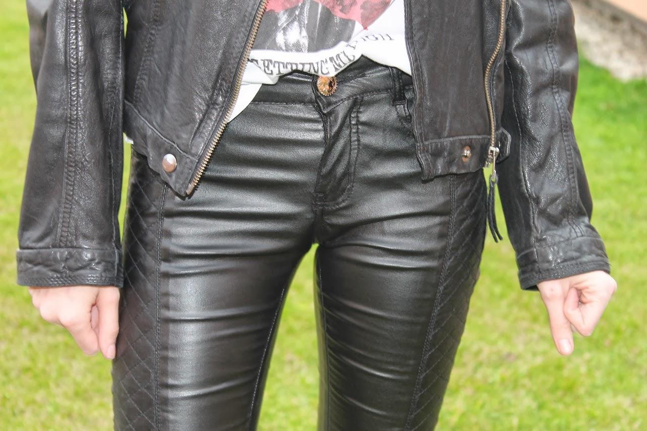 Pantalón de cuero rock