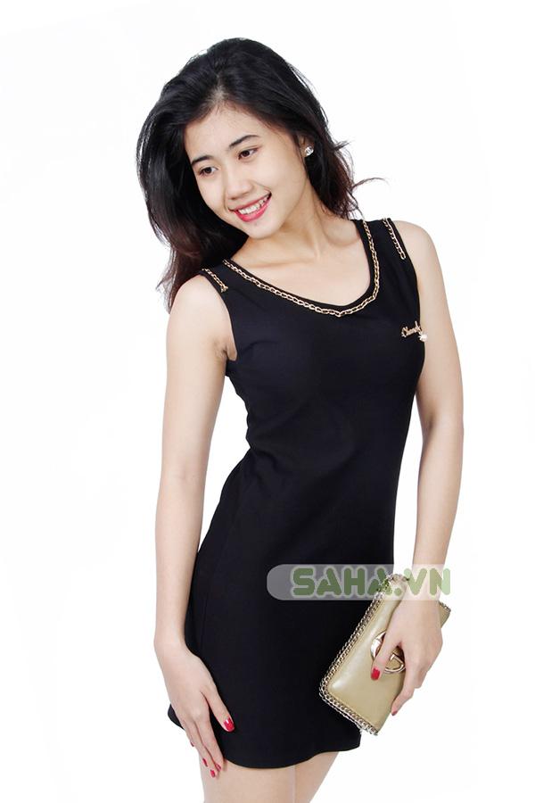 Đầm suông dây xích Chanel  2687