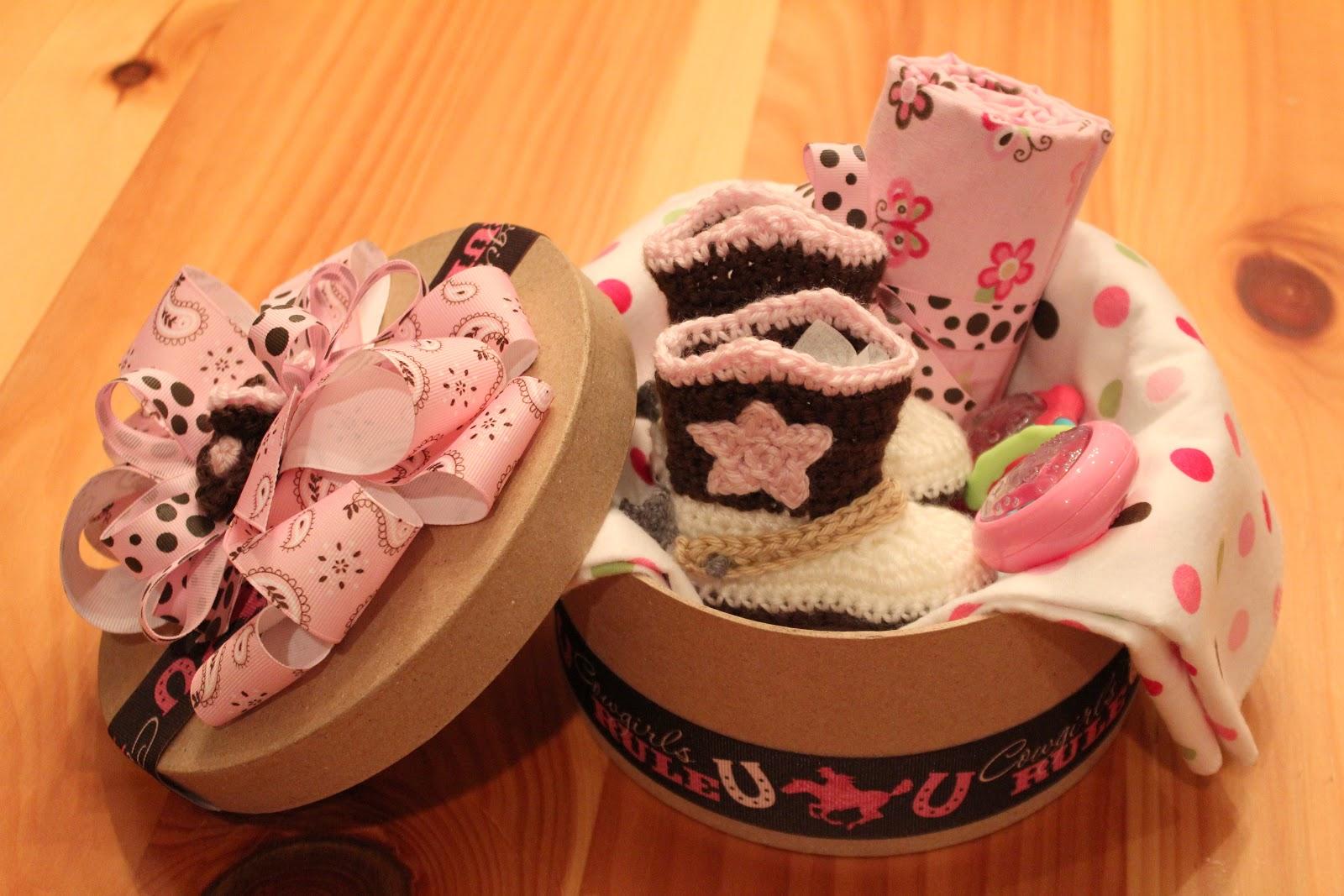 Sombrero de vaquero hecho a mano del bebé del Knit y cargadores fijados La fotografía recién nacida del muchacho apoya el casquillo del bebé del ganchillo con el zapato de los botines 1set H224-import-express.com