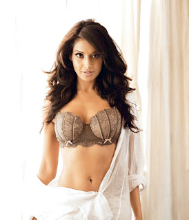 Bipasha Basu, Bikini Body, Bollywood Bikini