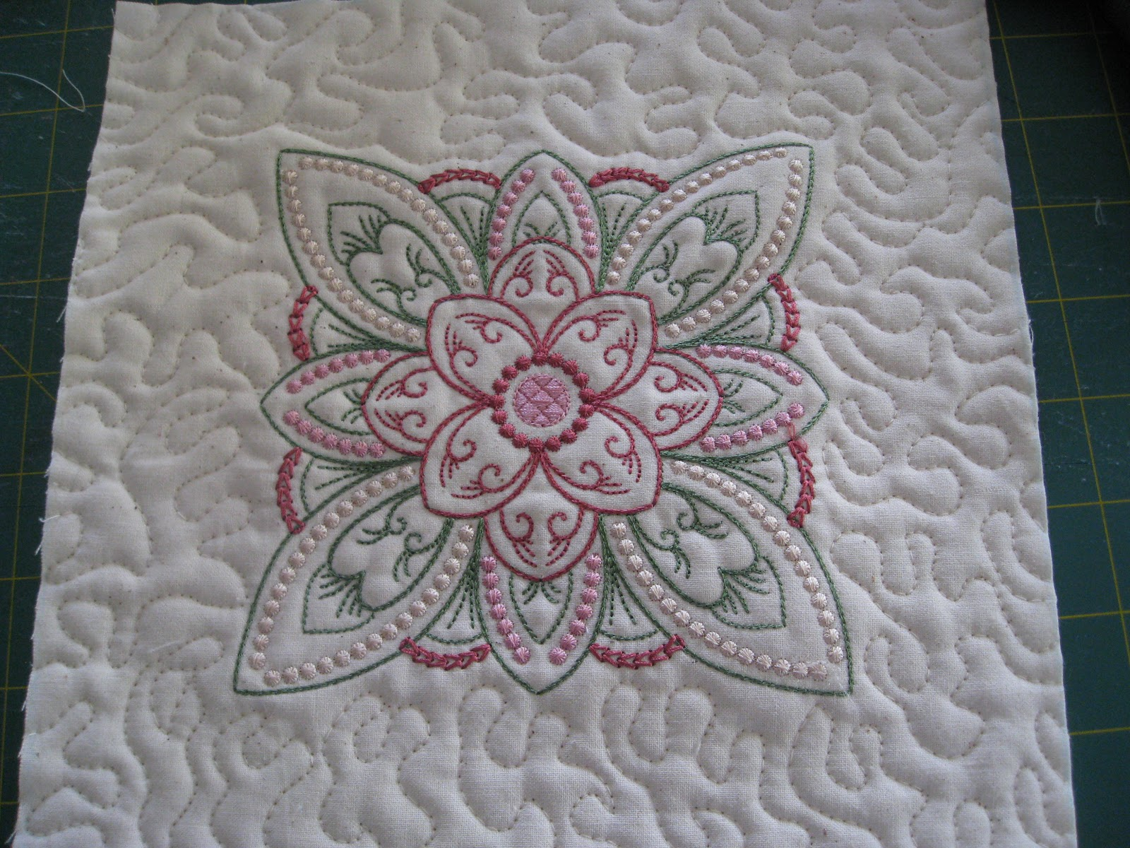 Embroidery Quilt Block Designs : Vicki s Fabric Creations: Hints and Tips 10- Quilt as You Go Method 1