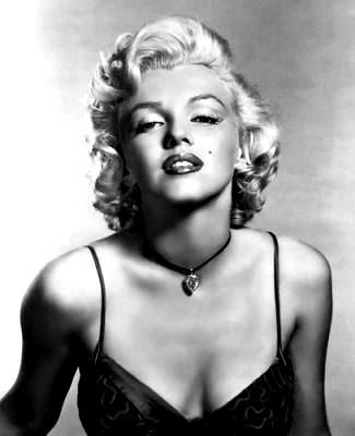 PICTURES OF MARYLIN MONROE