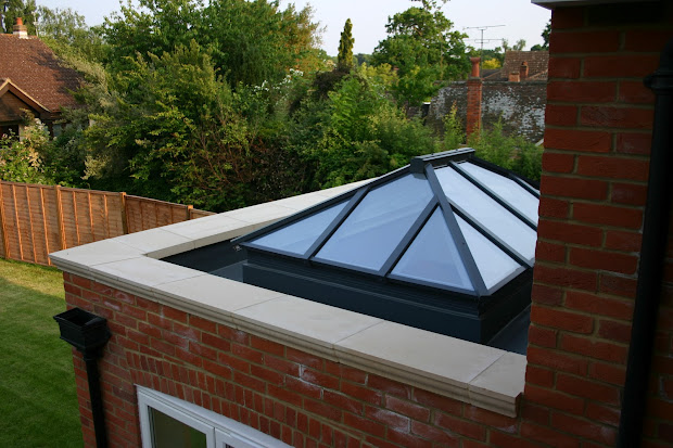 Flat Roof with Parapet Wall