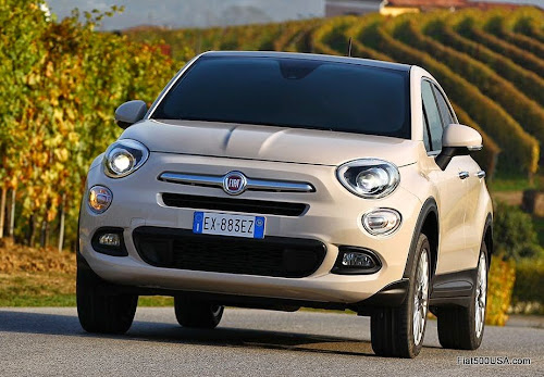 Fiat 500X Lounge On Road
