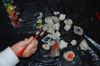 Sensory learning for smarter kids, painting rocks is a great activity for toddlers and preschoolers