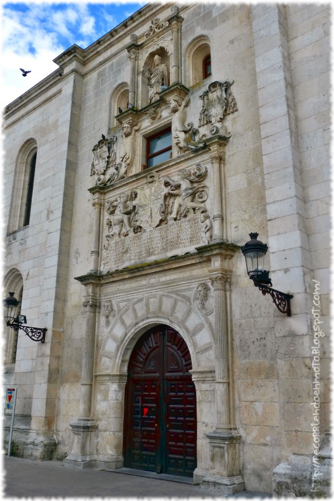 Puerta Universidad Burgos