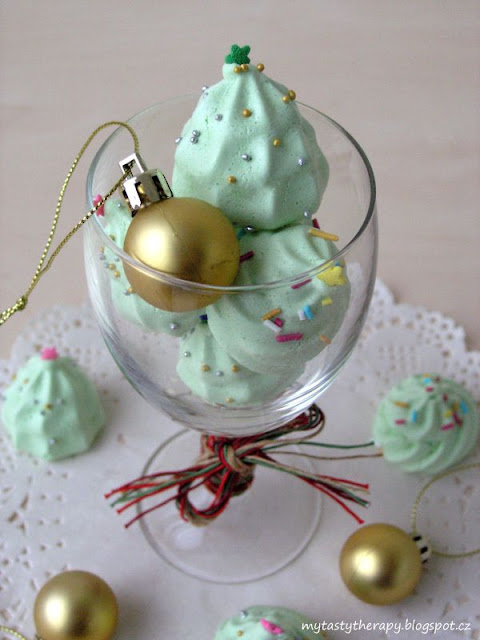 meringue trees and kisses