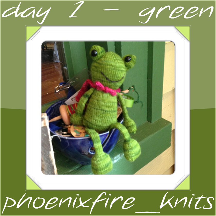 Knitting Groups Edinburgh : Geeky girls knit episode in which we re colourful now
