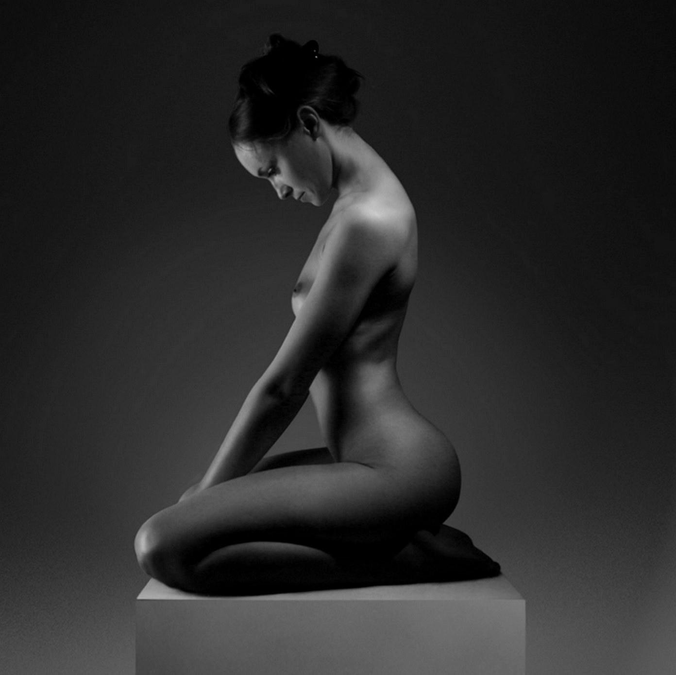 Desnudos Art Sticos En Fotograf A De Je Warda