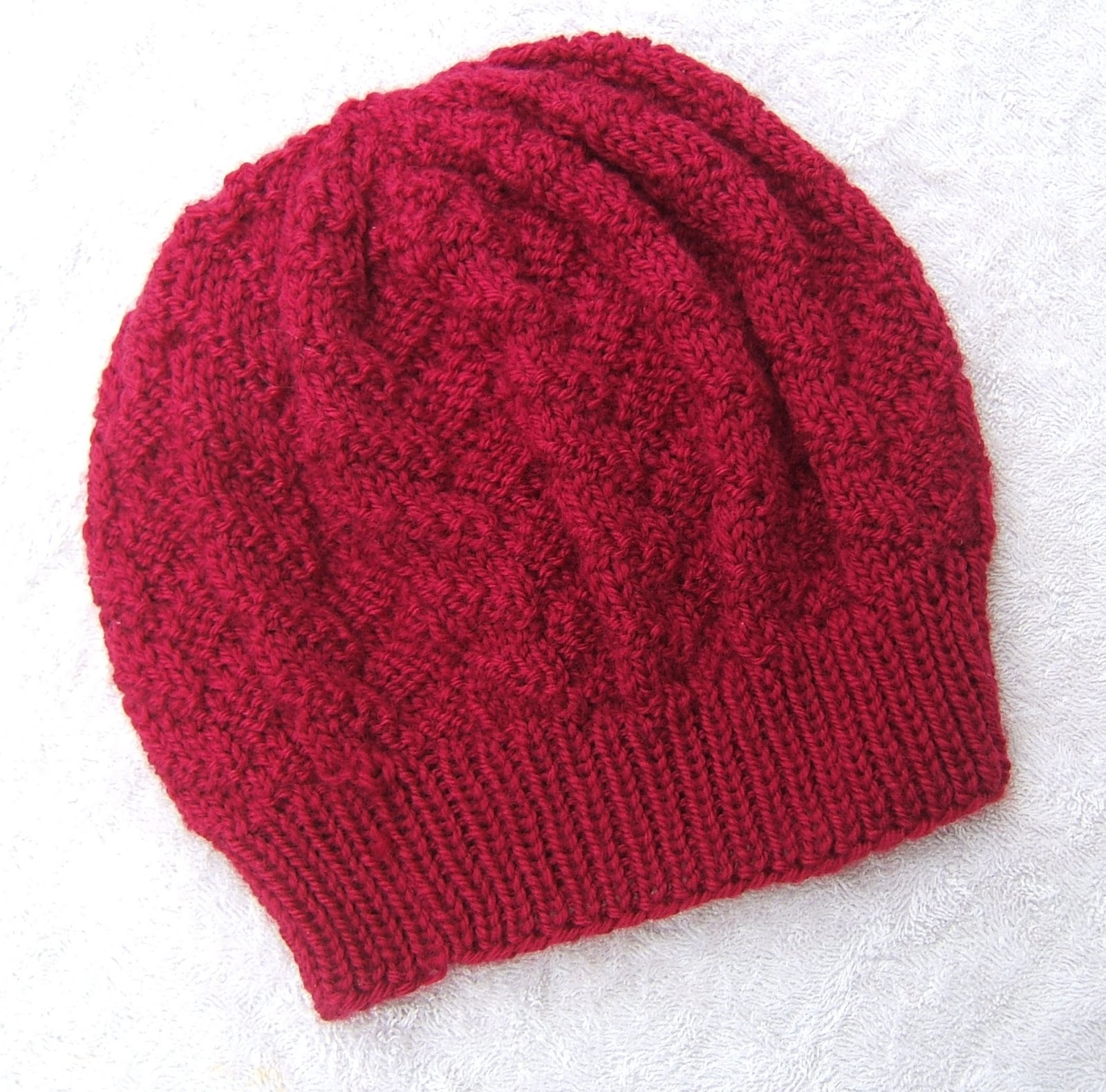 Knitting Hat Patterns Round Needles : aussie knitting threads: October 2012