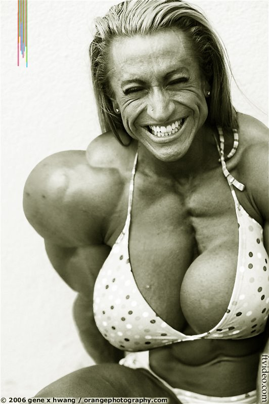 female muscle morph