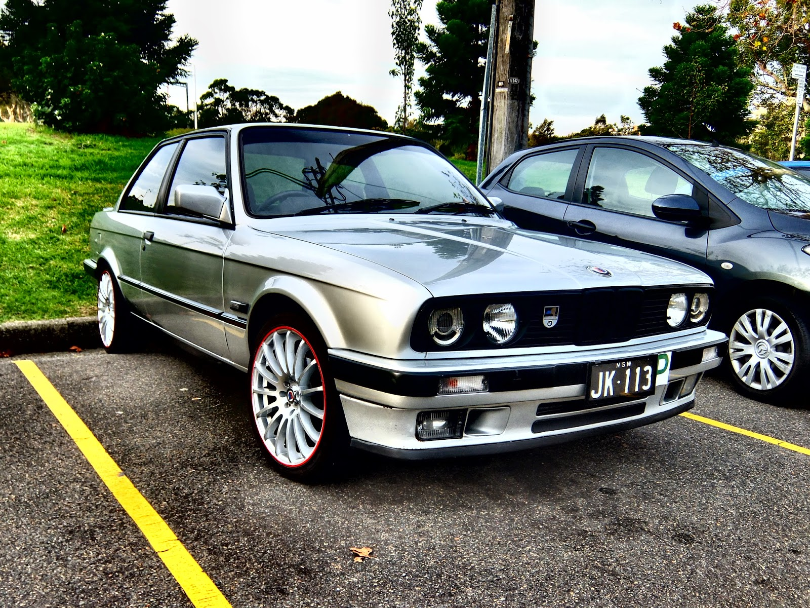 aussie old parked cars 1991 bmw alpina 325i coupe e30. Black Bedroom Furniture Sets. Home Design Ideas