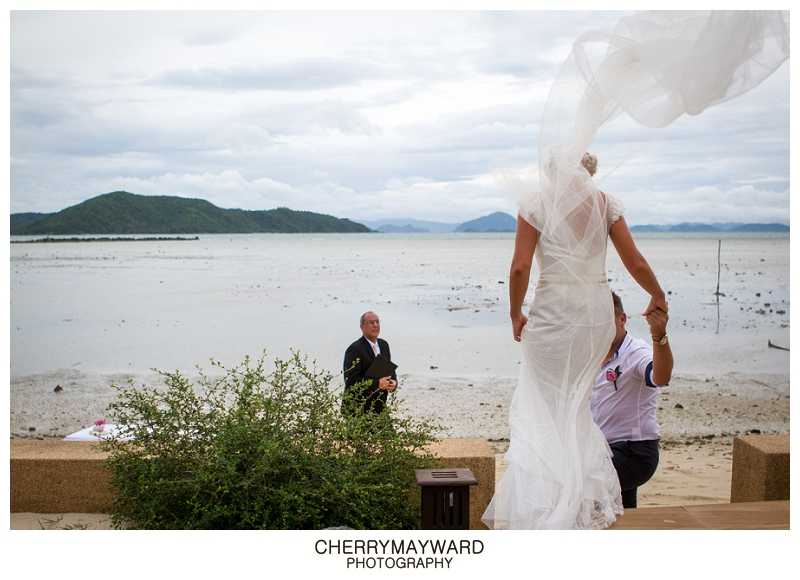 Wedding on the Beach, Koh Samui, Ama Lur Wedding, The Palace wedding, wind blowing bride's veil up