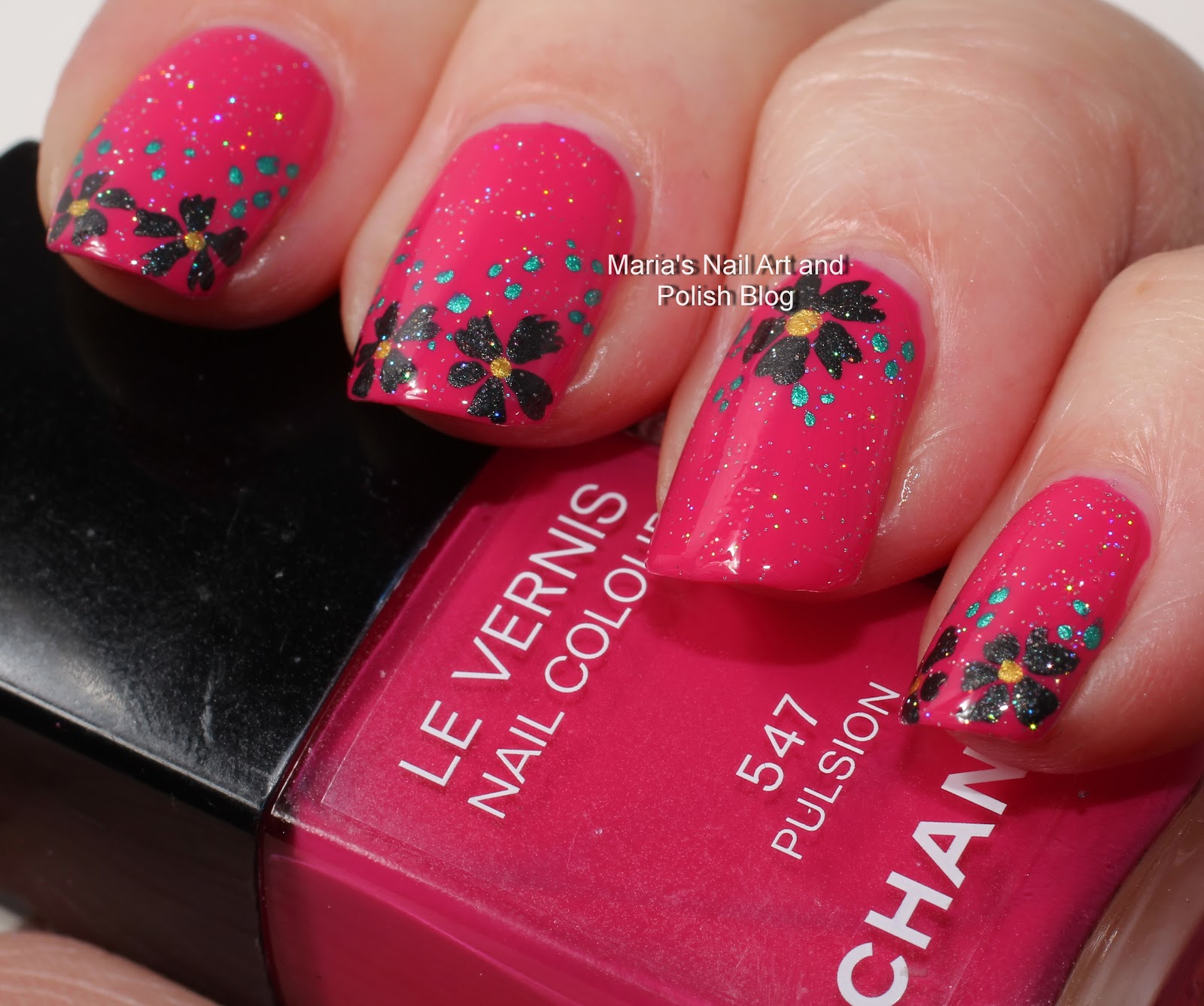 Marias Nail Art And Polish Blog Subtle Floral Nail Art On: Marias Nail Art And Polish Blog: Black Pulsion Flowers