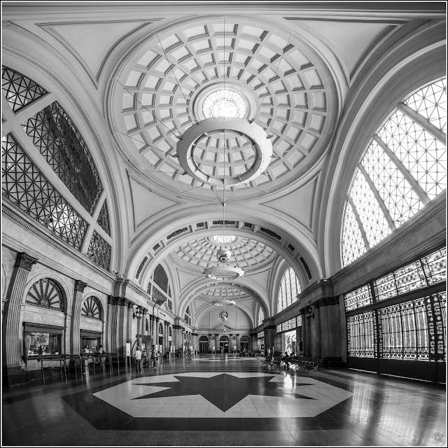 Barcelona: Vestíbulo de la Estación de Francia